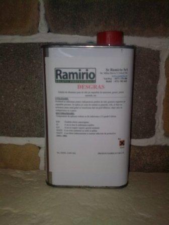 DESGRAS ( 1 L ) - elimina pete de grasimi, uleiuri din substraturi poroase